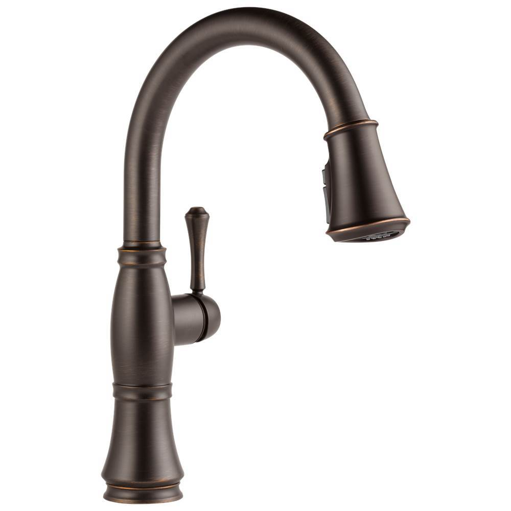 Delta Faucet Cassidy: Single Handle Pull-Down Kitchen Faucet with ShieldSpray® Technology